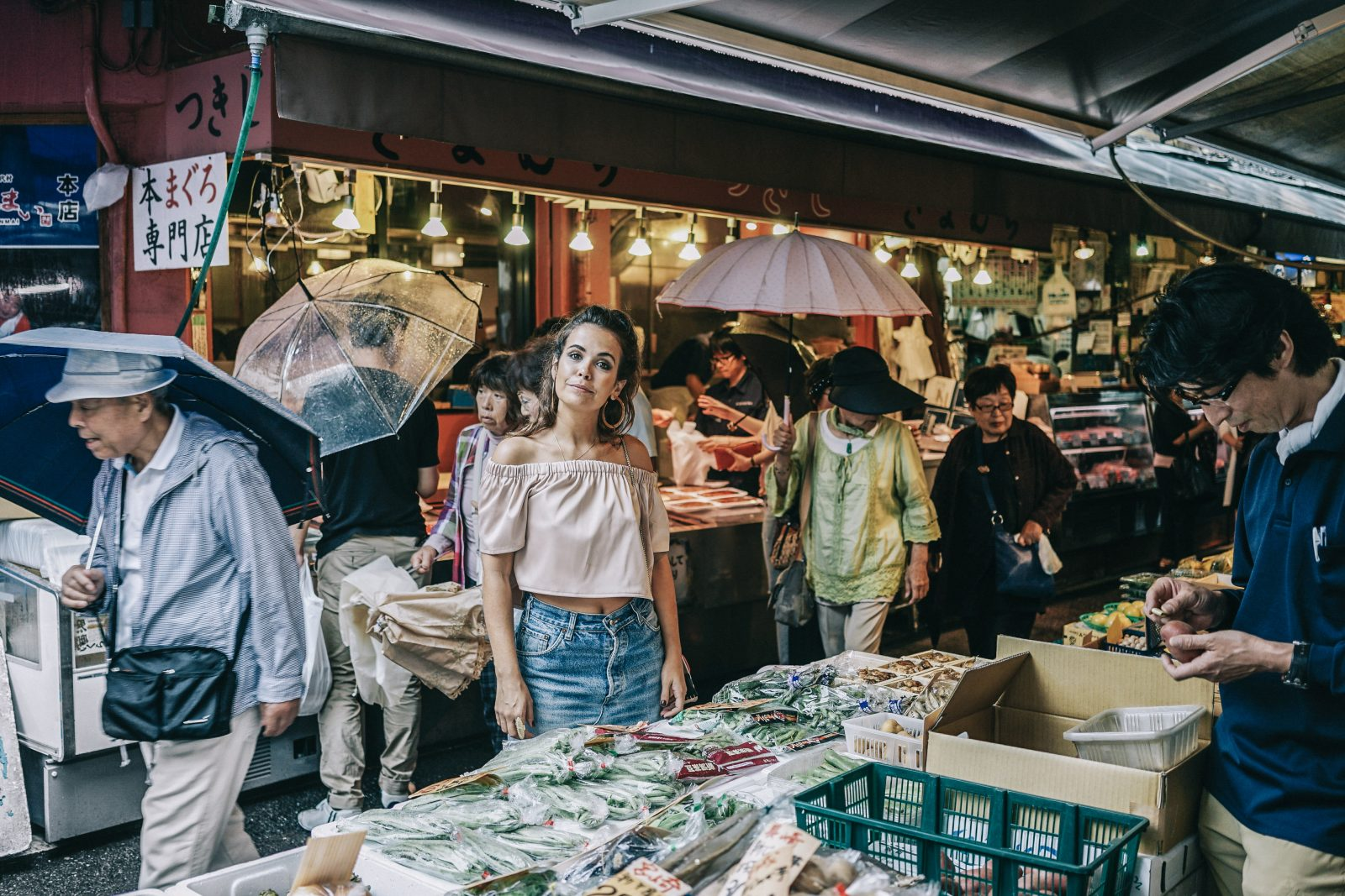 Tokyo_Travel_Guide-Fish_Market-Harajuku-Levis_Denim_Skirt-Off_The_Shoulders_Top-YSL_Sneakers-Outfit-Collage_Vintage-Street_Style-70