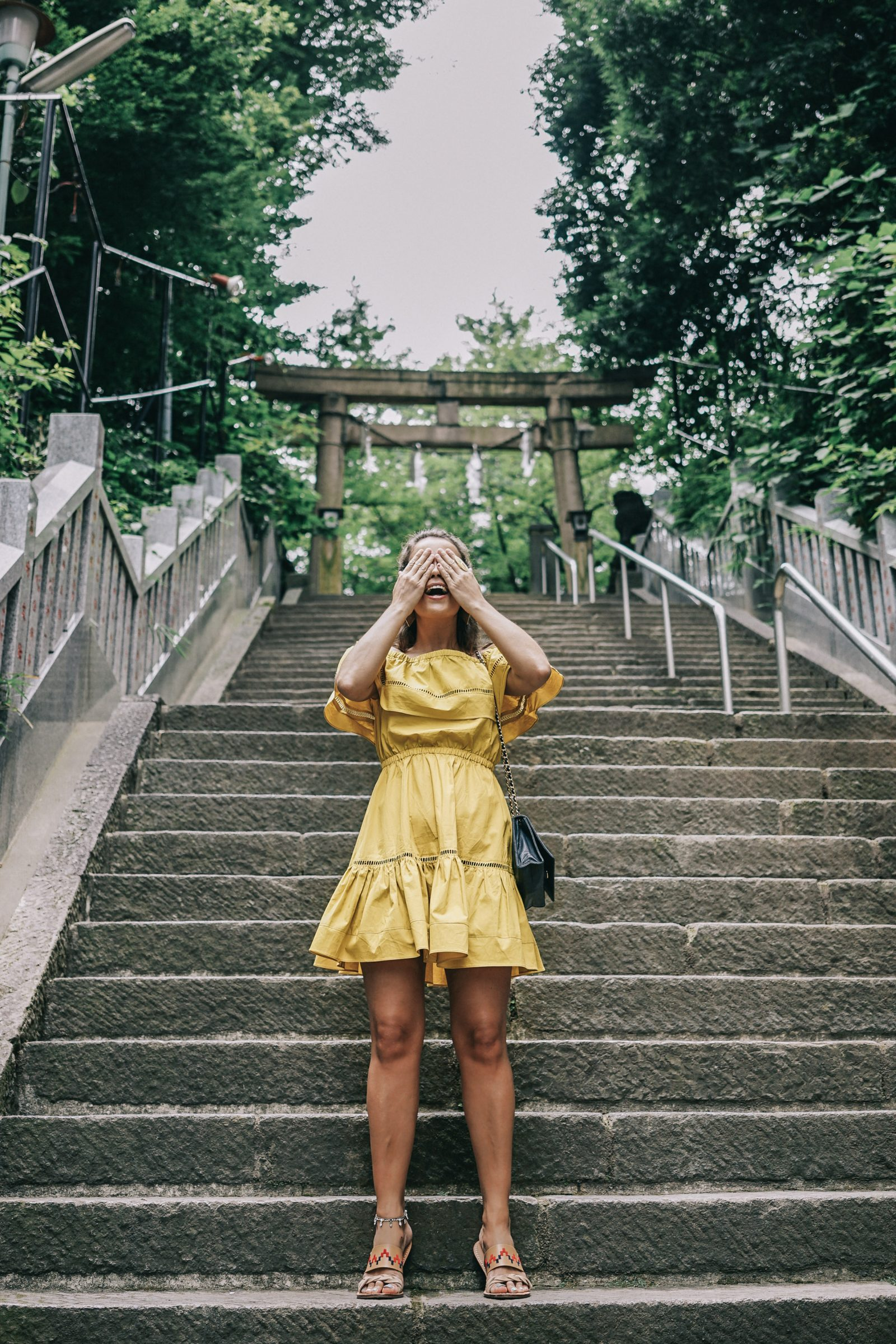 tokyo_travel_guide-outfit-collage_vintage-street_style-off_the_shoulders_dress-mustard_dress-soludos_sandals-chanel_vintage-bag-vintage_stores-16