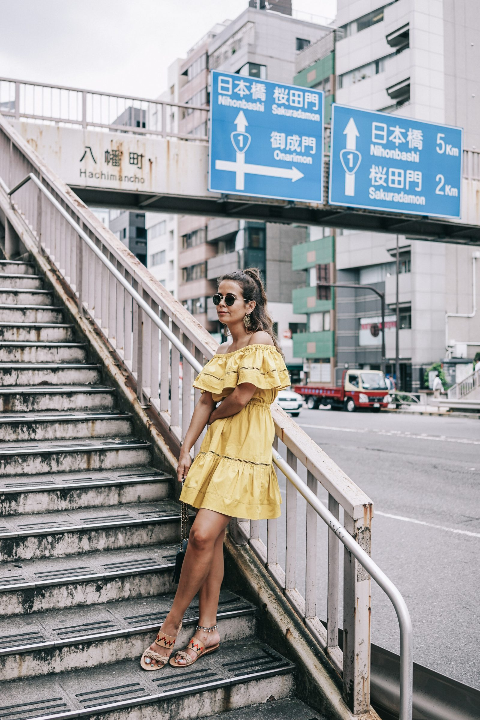 tokyo_travel_guide-outfit-collage_vintage-street_style-off_the_shoulders_dress-mustard_dress-soludos_sandals-chanel_vintage-bag-vintage_stores-34