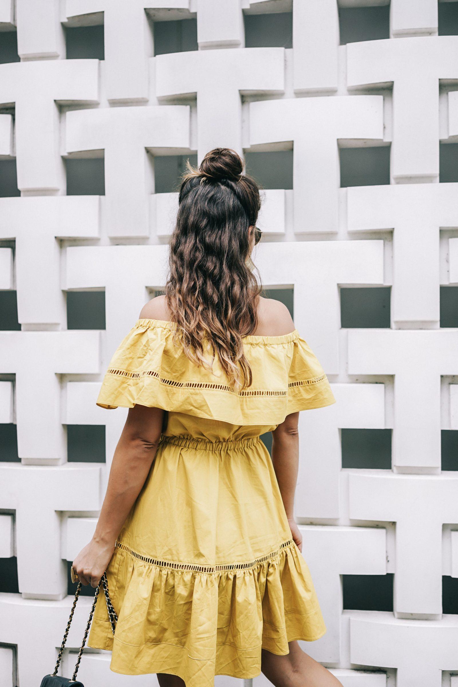tokyo_travel_guide-outfit-collage_vintage-street_style-off_the_shoulders_dress-mustard_dress-soludos_sandals-chanel_vintage-bag-vintage_stores-52