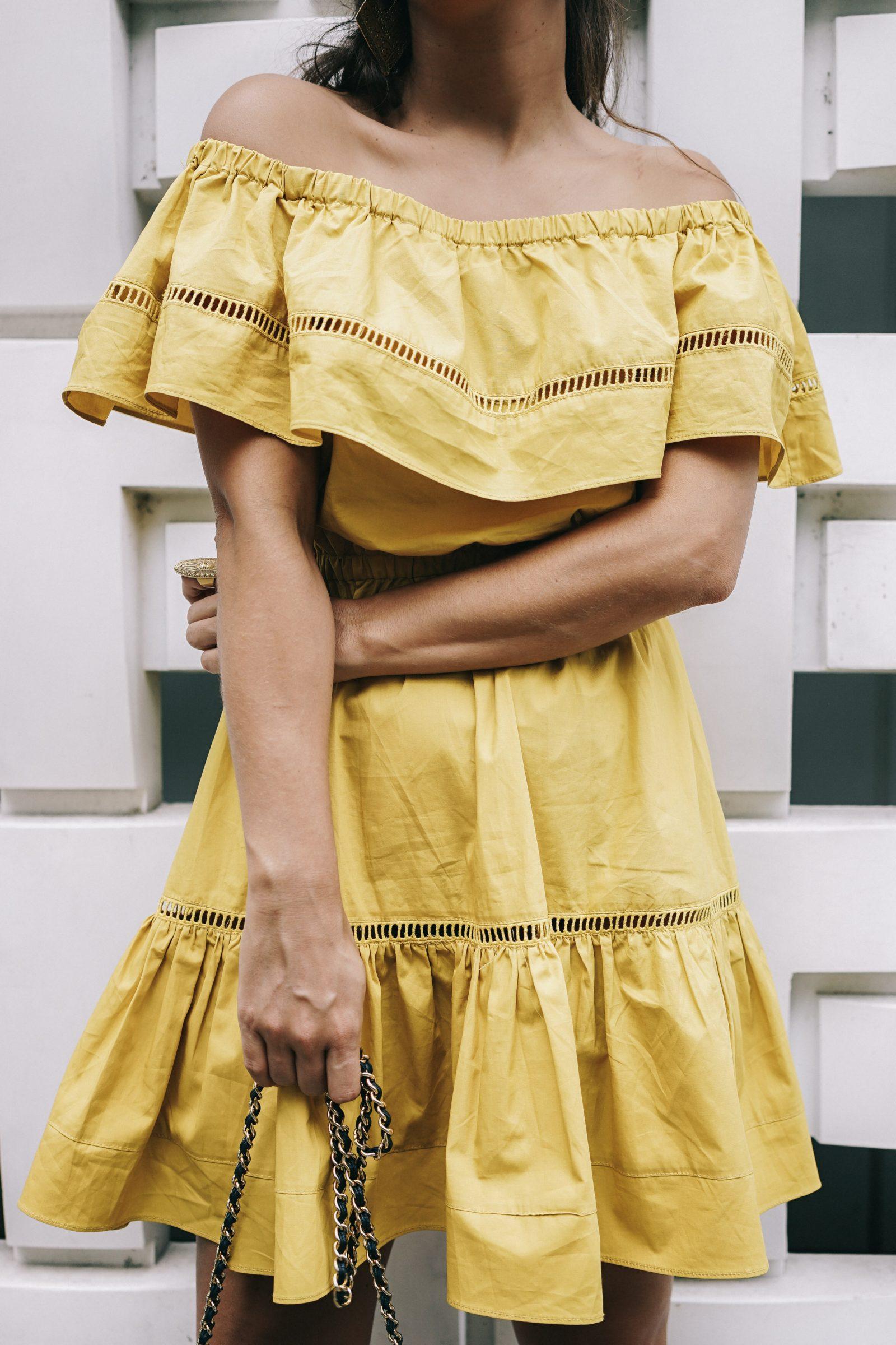 tokyo_travel_guide-outfit-collage_vintage-street_style-off_the_shoulders_dress-mustard_dress-soludos_sandals-chanel_vintage-bag-vintage_stores-54