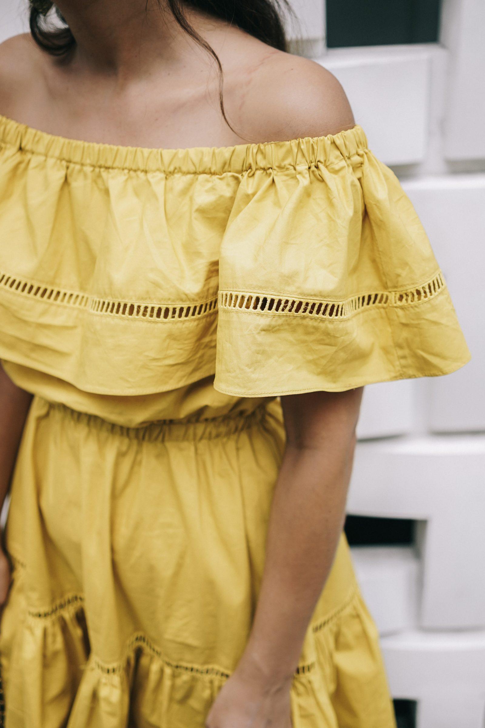 tokyo_travel_guide-outfit-collage_vintage-street_style-off_the_shoulders_dress-mustard_dress-soludos_sandals-chanel_vintage-bag-vintage_stores-55