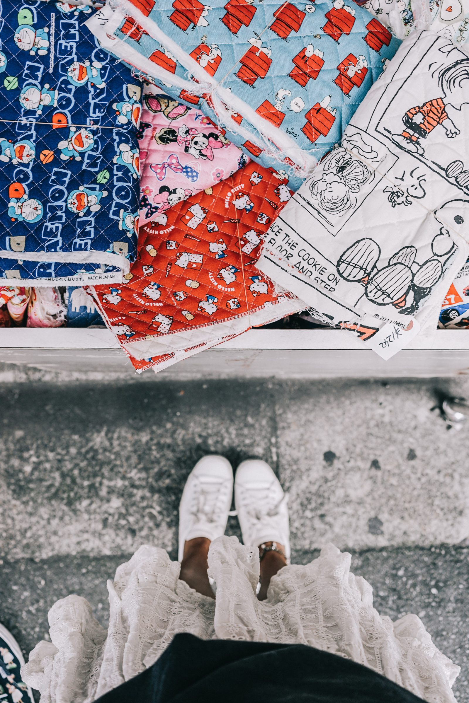 Tokyo_Travel_Guide-Outfit-Collage_Vintage-Street_Style-Top_Mettalica-Brandy_Melville-White_Skirt-Chanel_Vintage-Sneakers-33