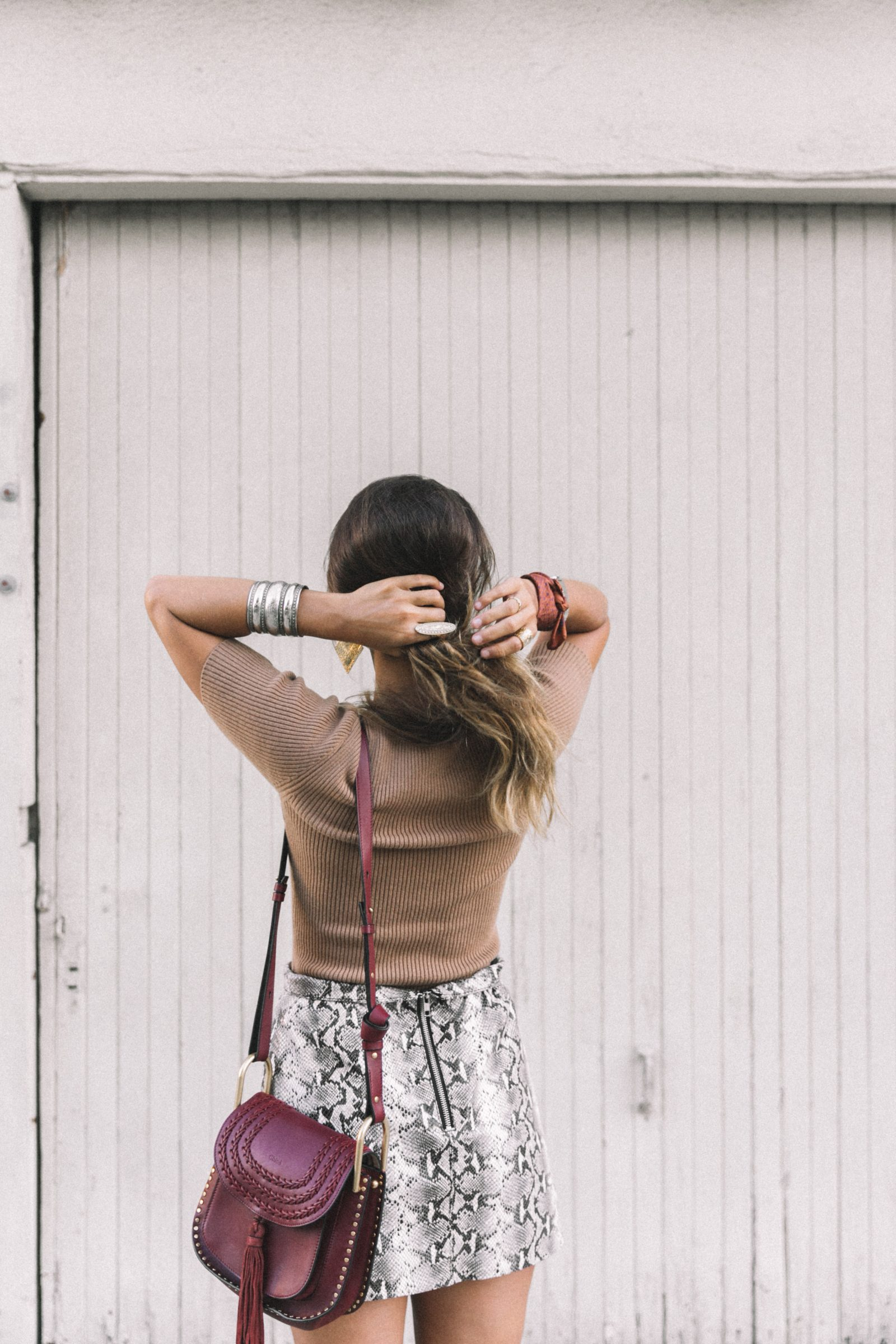 lpa_the_label-revolve_clothing-snake_skirt-lace_up_sweater-knotted_sandals-chloe_hudson_bag-outfit-street_style-los_angeles-68