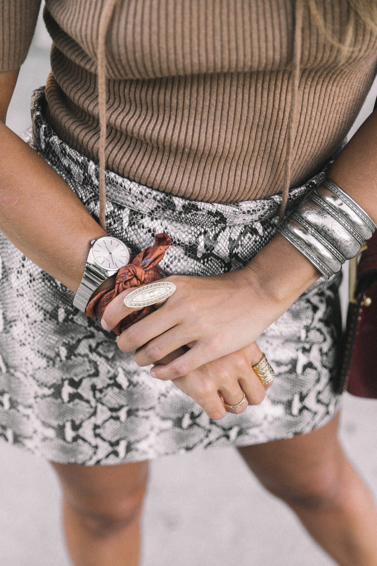 lpa_the_label-revolve_clothing-snake_skirt-lace_up_sweater-knotted_sandals-chloe_hudson_bag-outfit-street_style-los_angeles-89