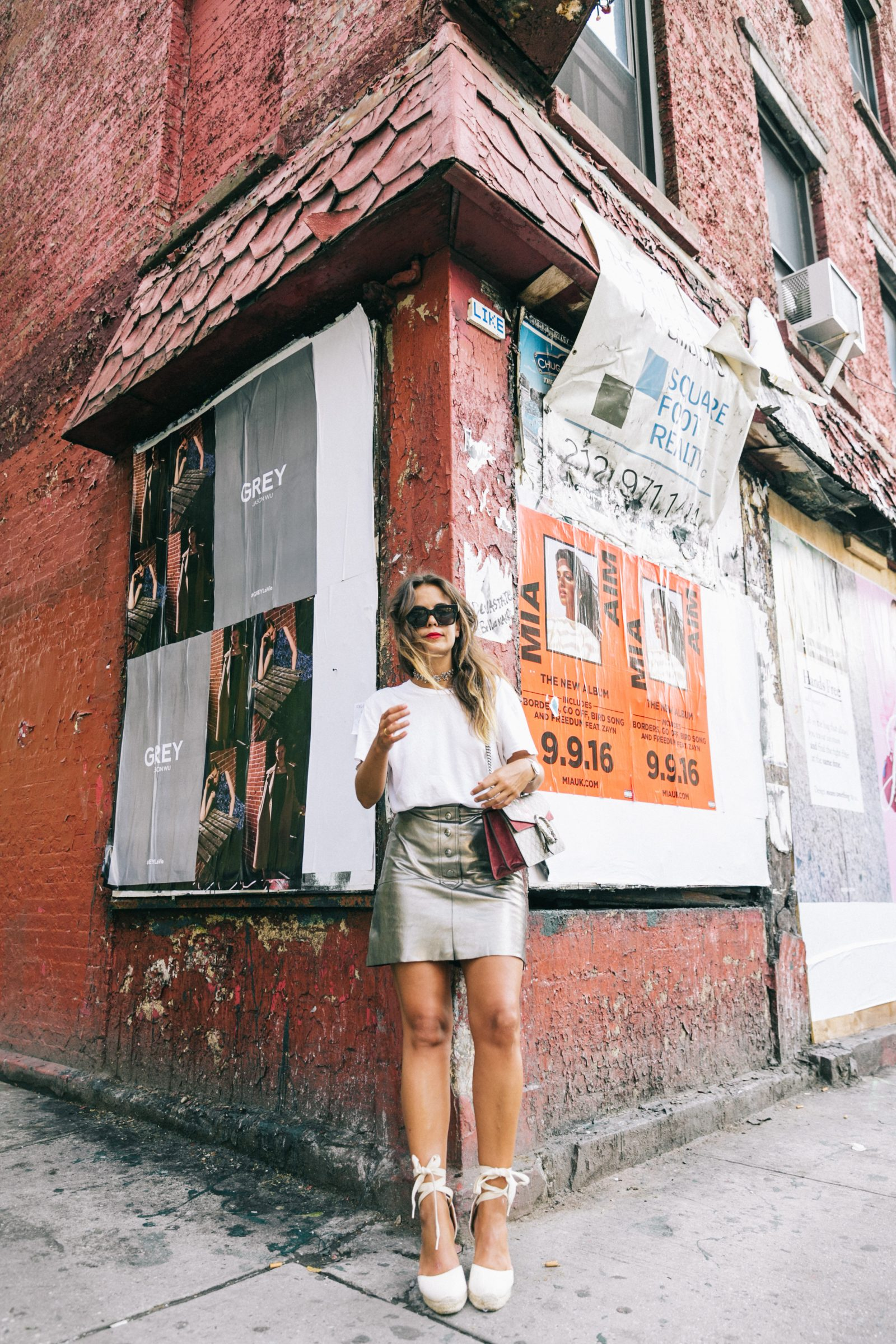 nyfw-new_york_fashion_week_ss17-street_style-outfit-collage_vintage-metallic_leather_skirt-gucci_bag-soludos_espadriles-42