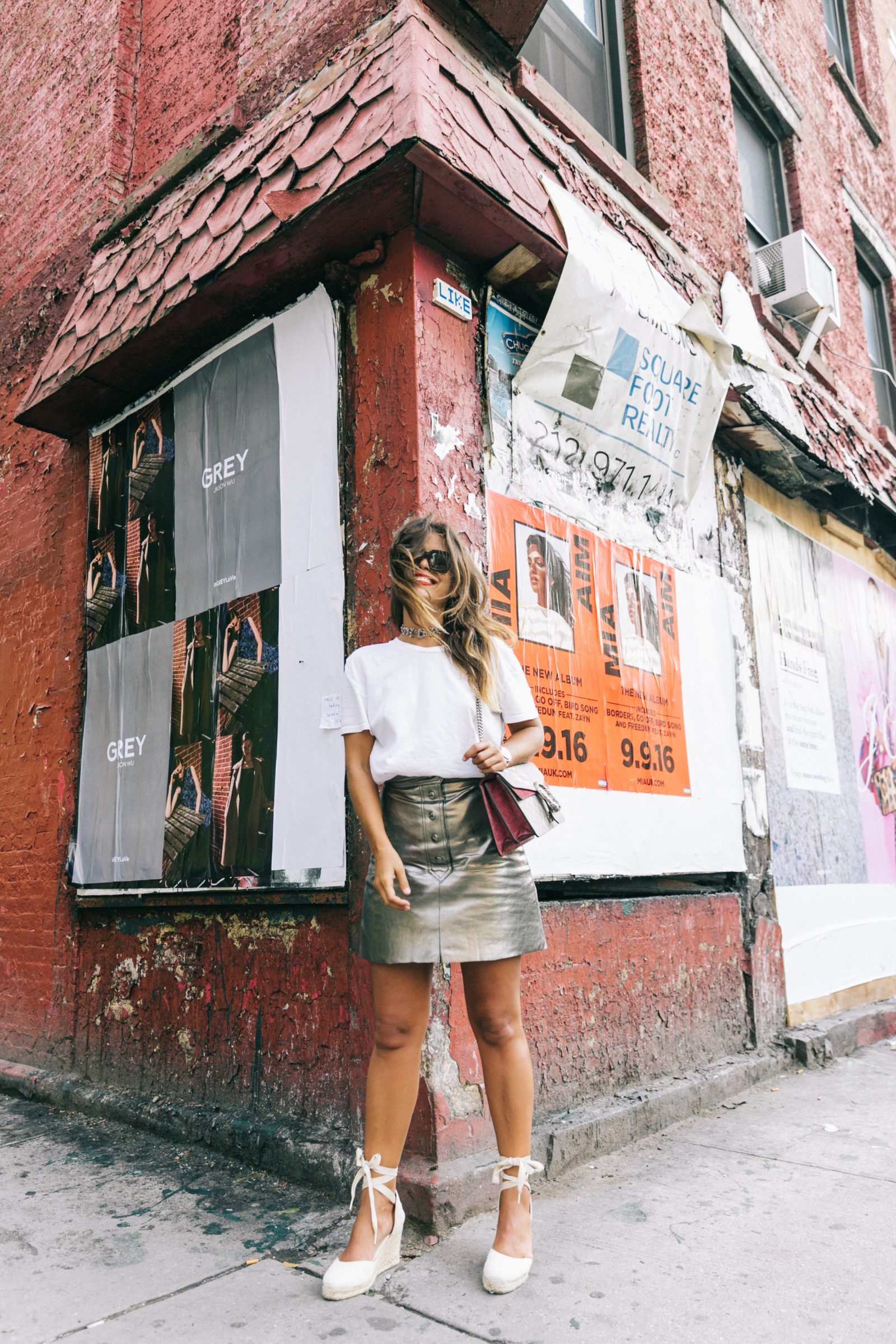 nyfw-new_york_fashion_week_ss17-street_style-outfit-collage_vintage-metallic_leather_skirt-gucci_bag-soludos_espadriles-49