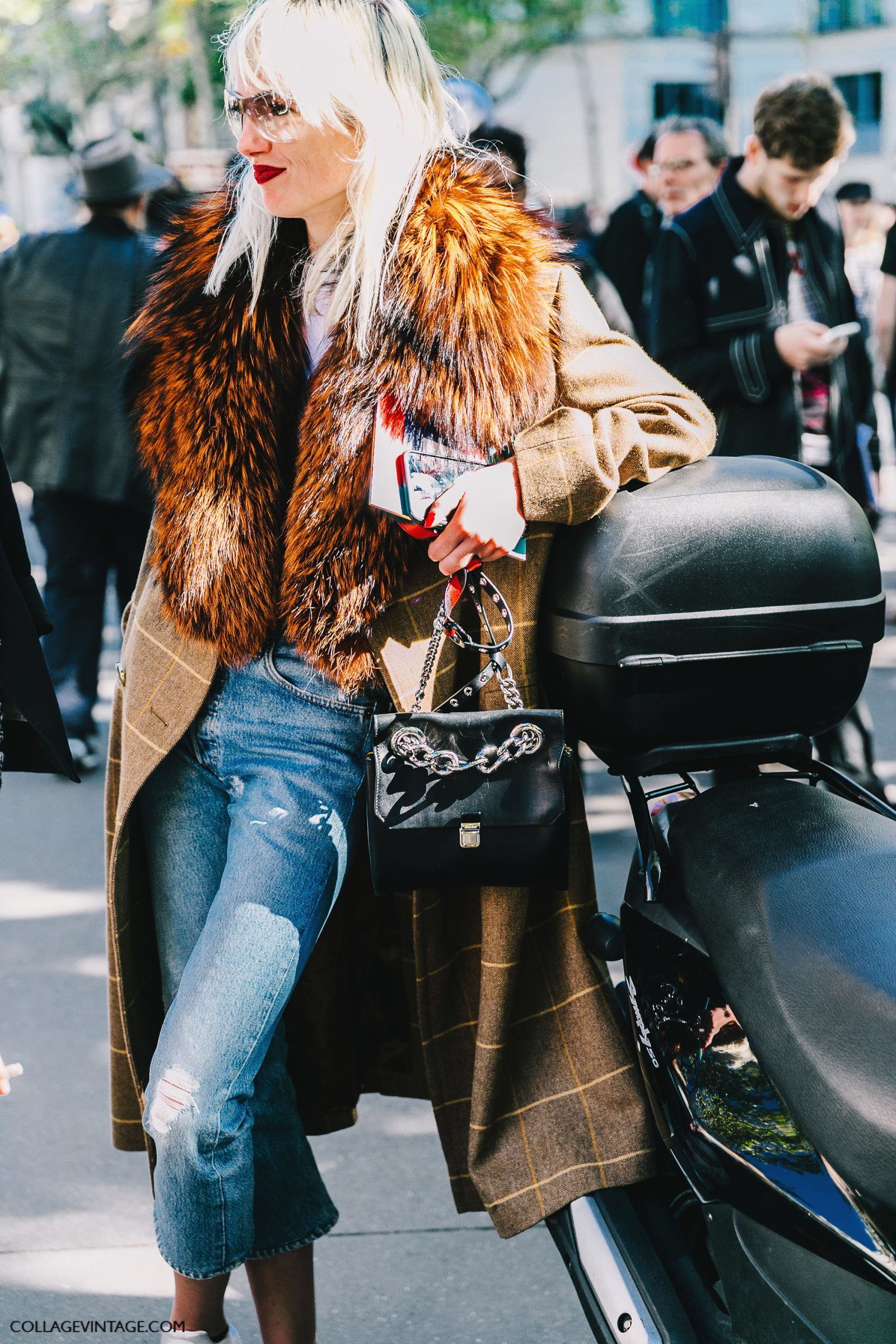pfw-paris_fashion_week_ss17-street_style-outfit-collage_vintage-louis_vuitton-miu_miu-30