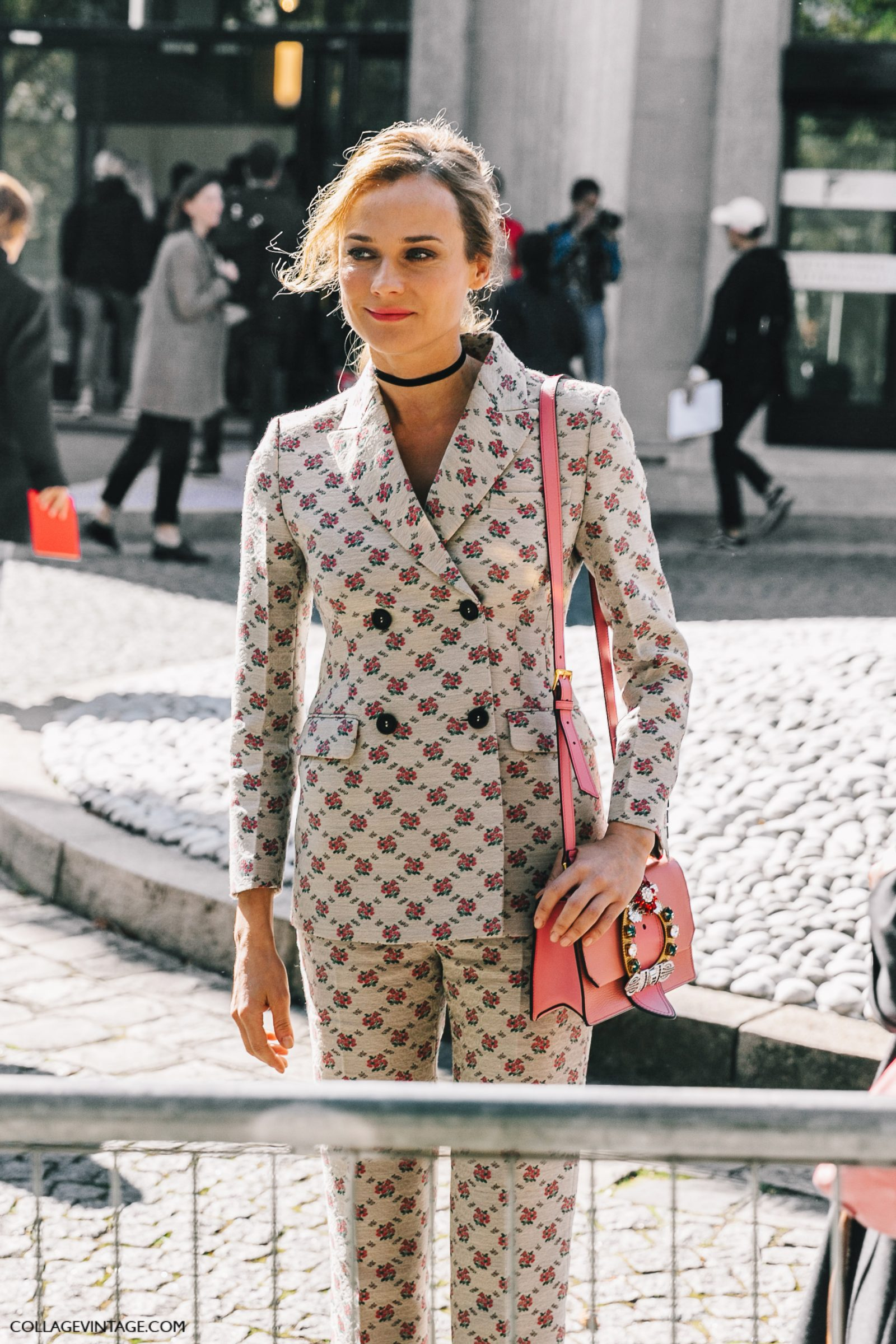 pfw-paris_fashion_week_ss17-street_style-outfit-collage_vintage-louis_vuitton-miu_miu-75