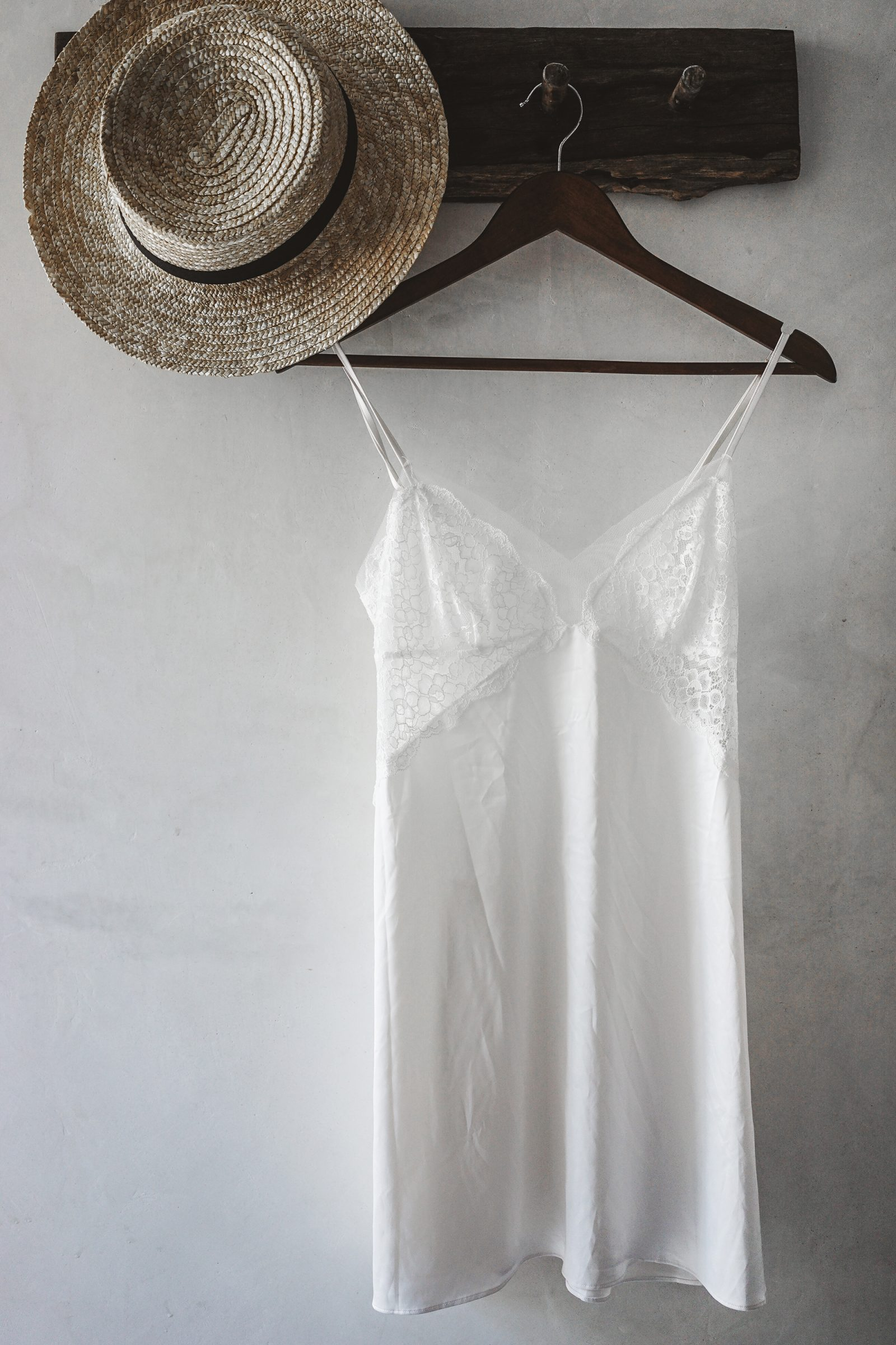 slip_dress-sanara_tulum-beach-mexico-outfit-collage_vintage-2