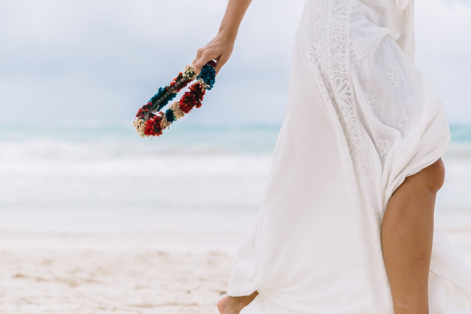 white_long_dress-boho_style-tulum_mexico-beach-floral_crown-outfit-collage_vintage-29