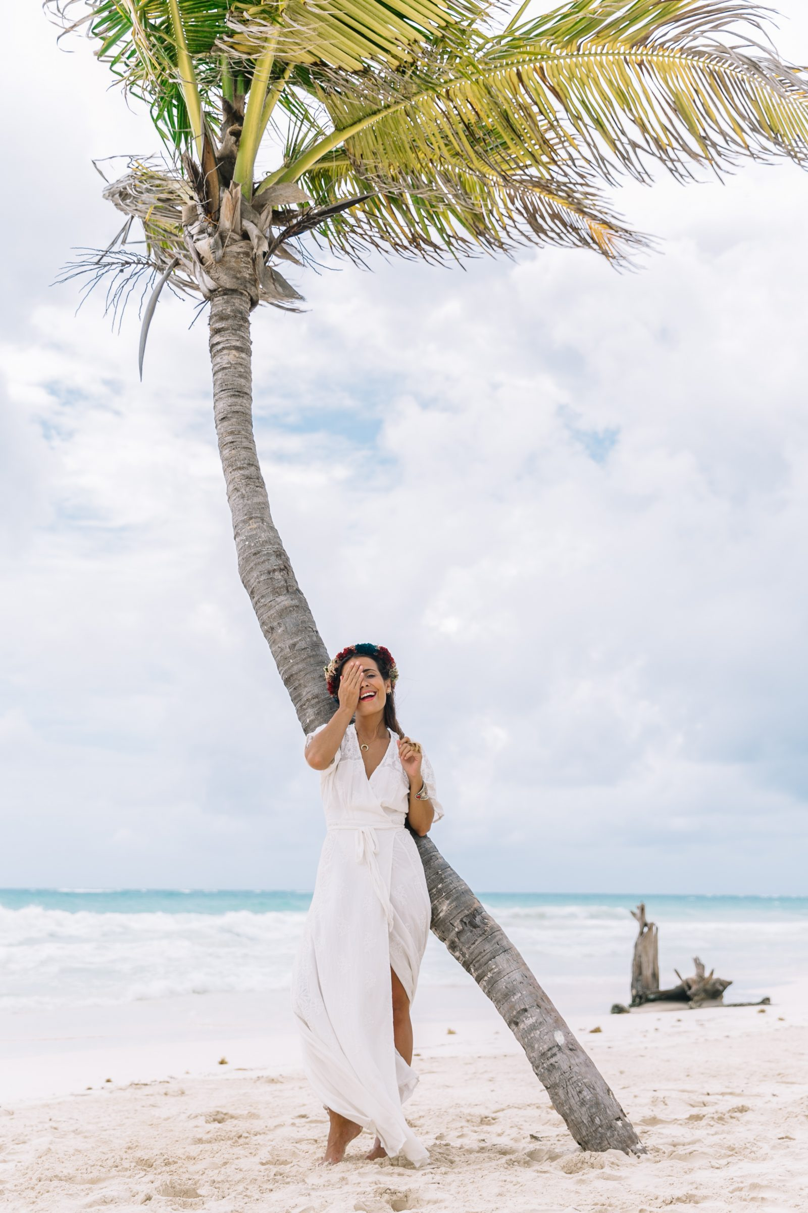 white_long_dress-boho_style-tulum_mexico-beach-floral_crown-outfit-collage_vintage-31