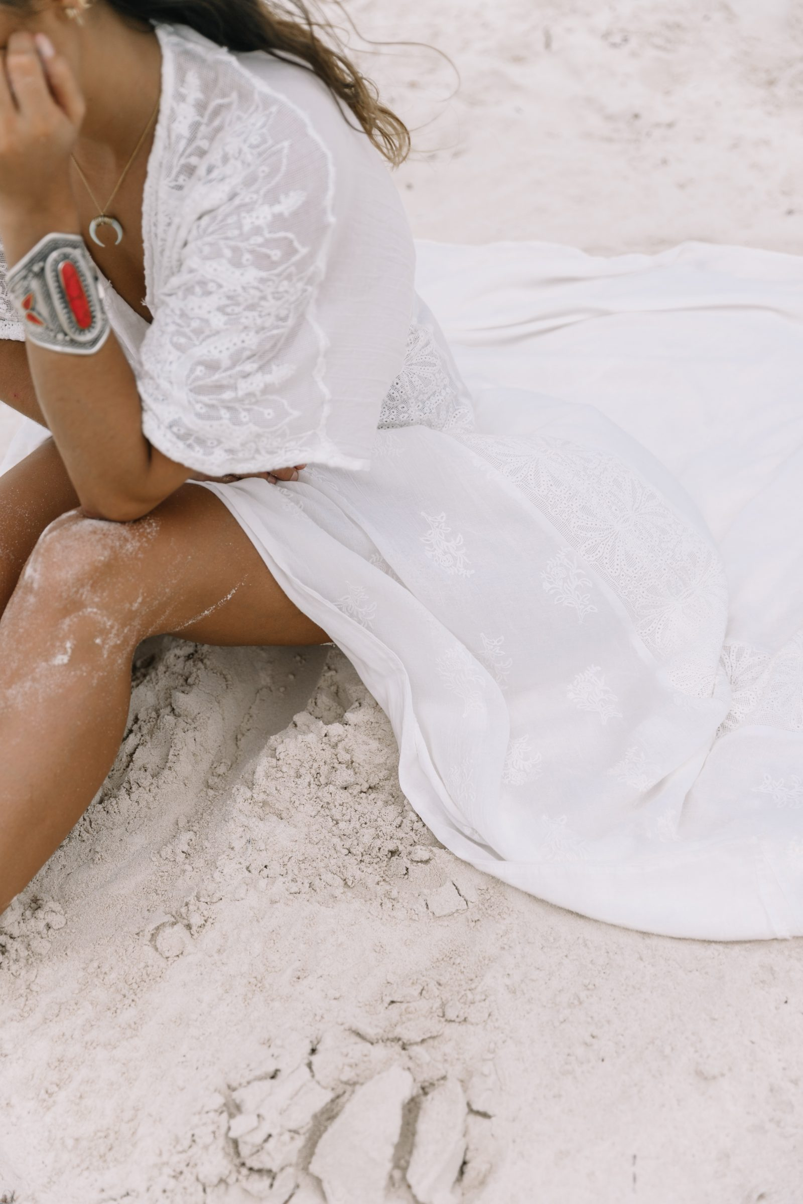 white_long_dress-boho_style-tulum_mexico-beach-floral_crown-outfit-collage_vintage-49