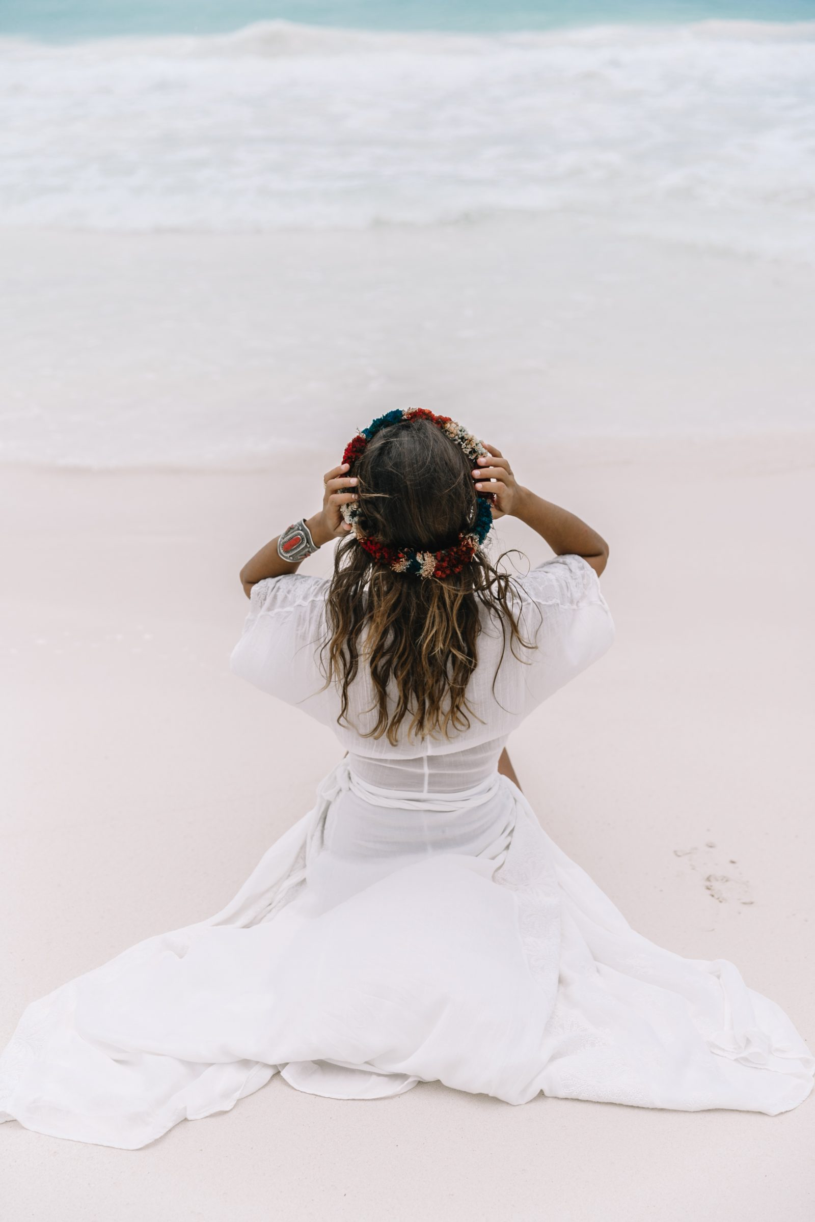 white_long_dress-boho_style-tulum_mexico-beach-floral_crown-outfit-collage_vintage-63