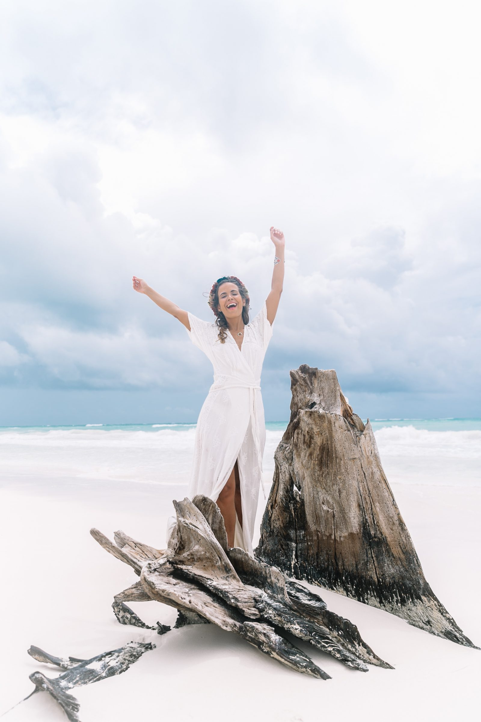 white_long_dress-boho_style-tulum_mexico-beach-floral_crown-outfit-collage_vintage-74