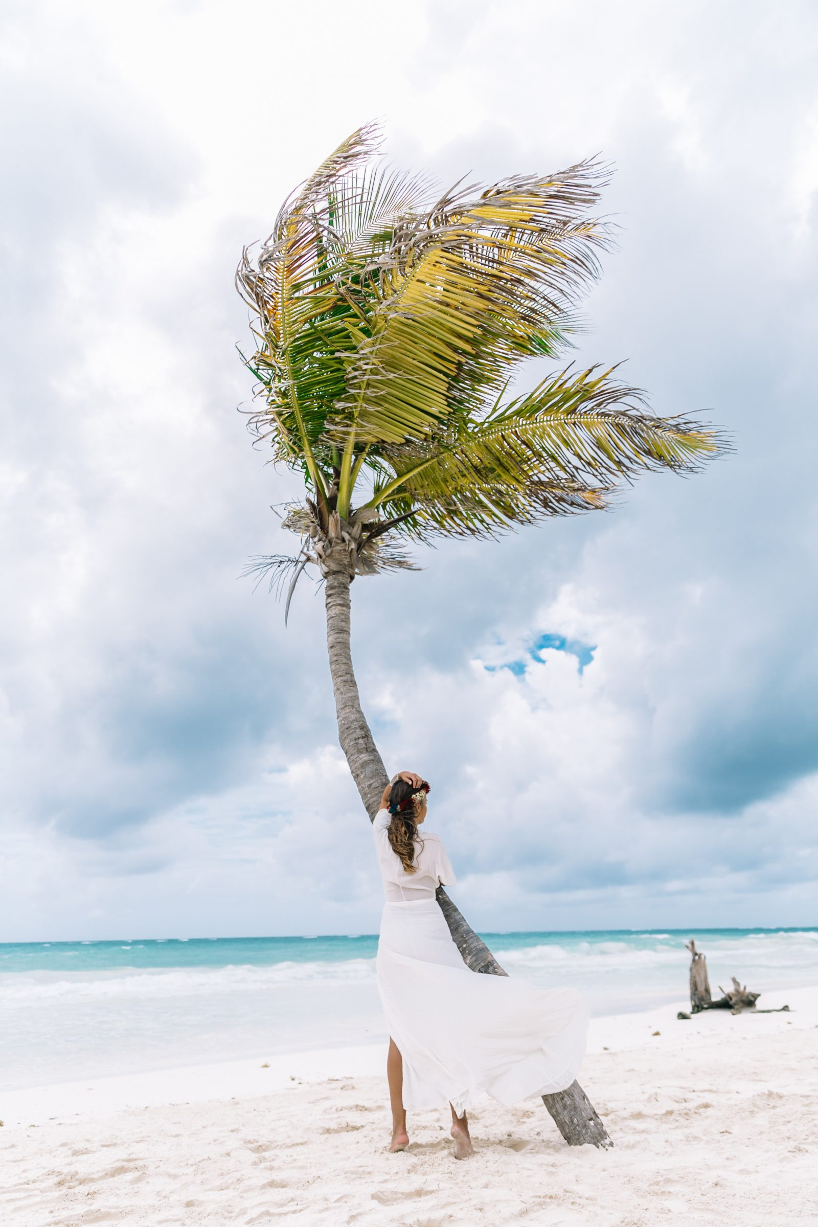white_long_dress-boho_style-tulum_mexico-beach-floral_crown-outfit-collage_vintage-9