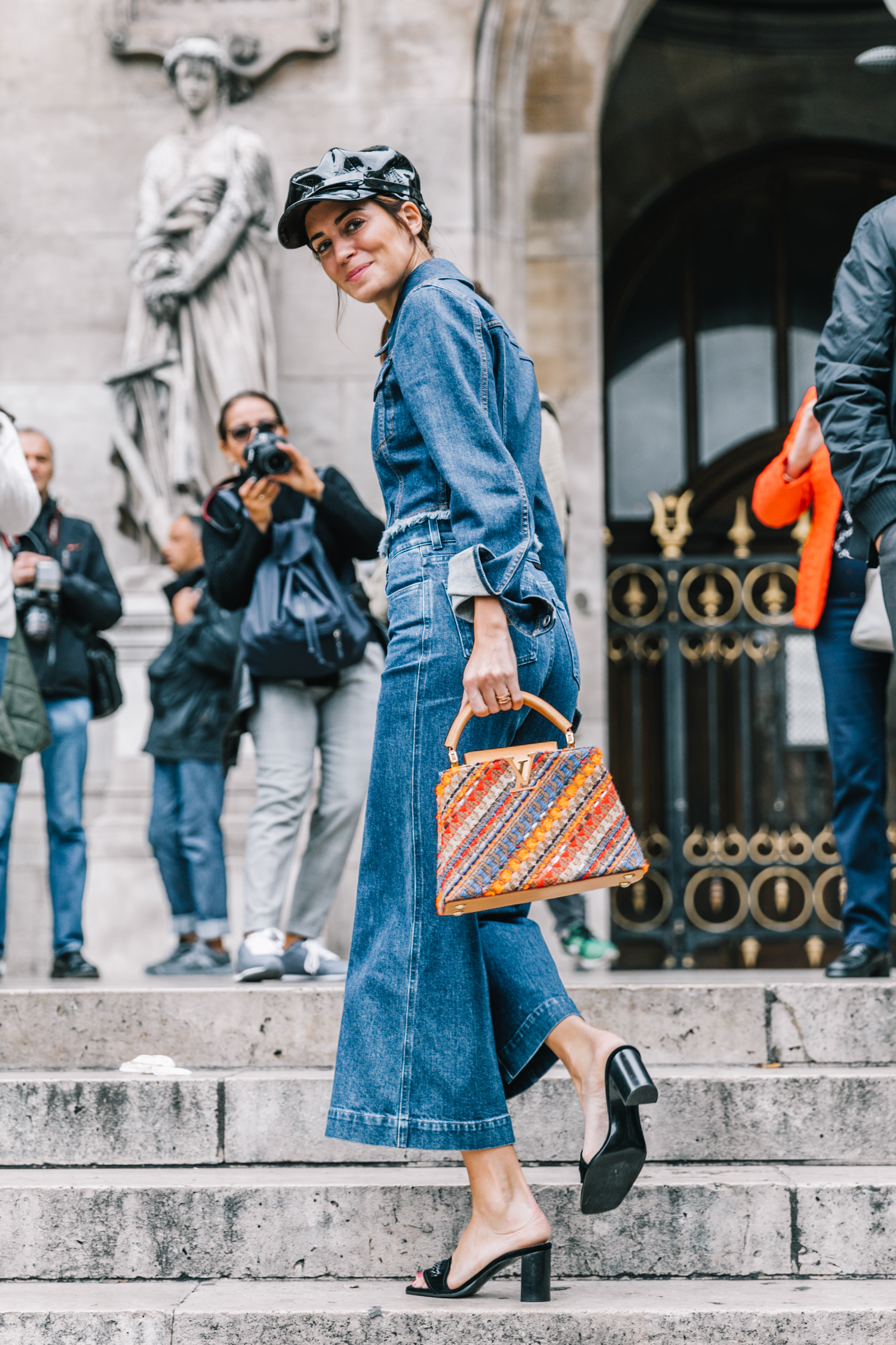 Street Style At London Fashion Week With Anouk: Paris SS18 Street Style V