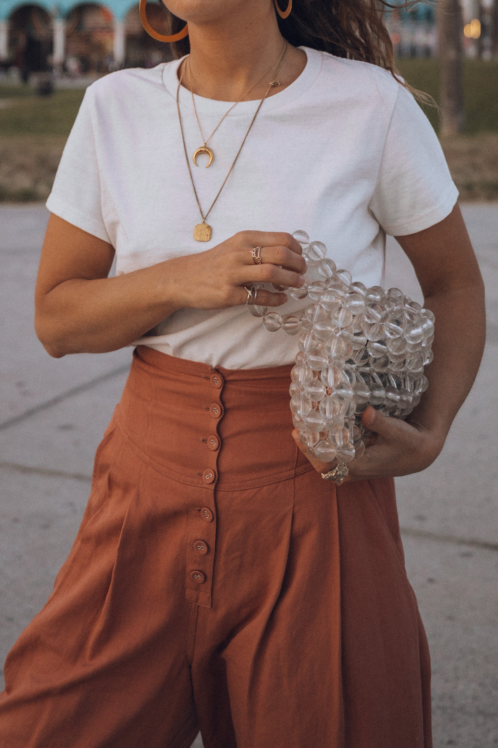 Fashion blogger Sara Escudero of Collage Vintage wearing Ulla Johnson pants