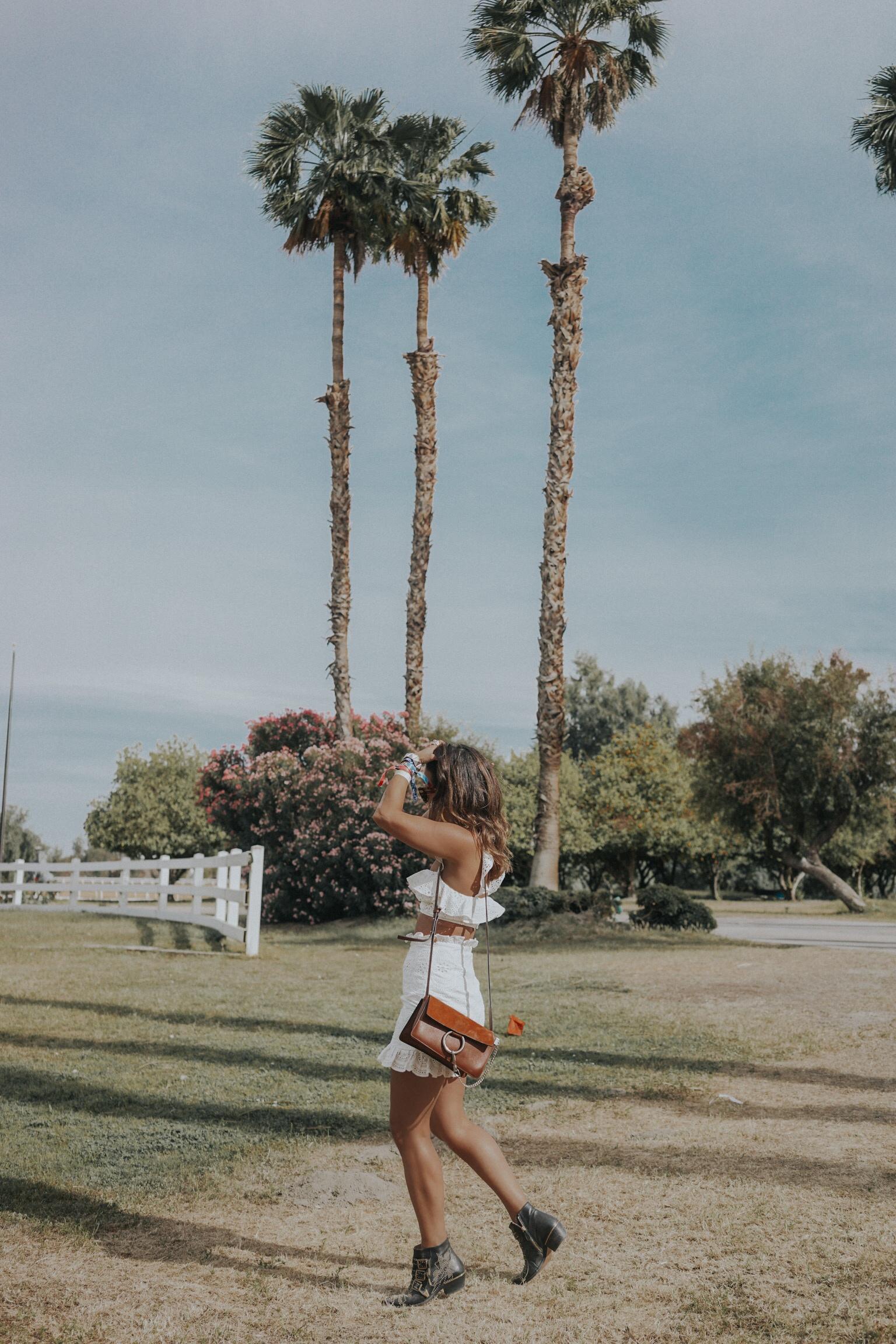 Sara of Collage Vintage at Coachella 2018