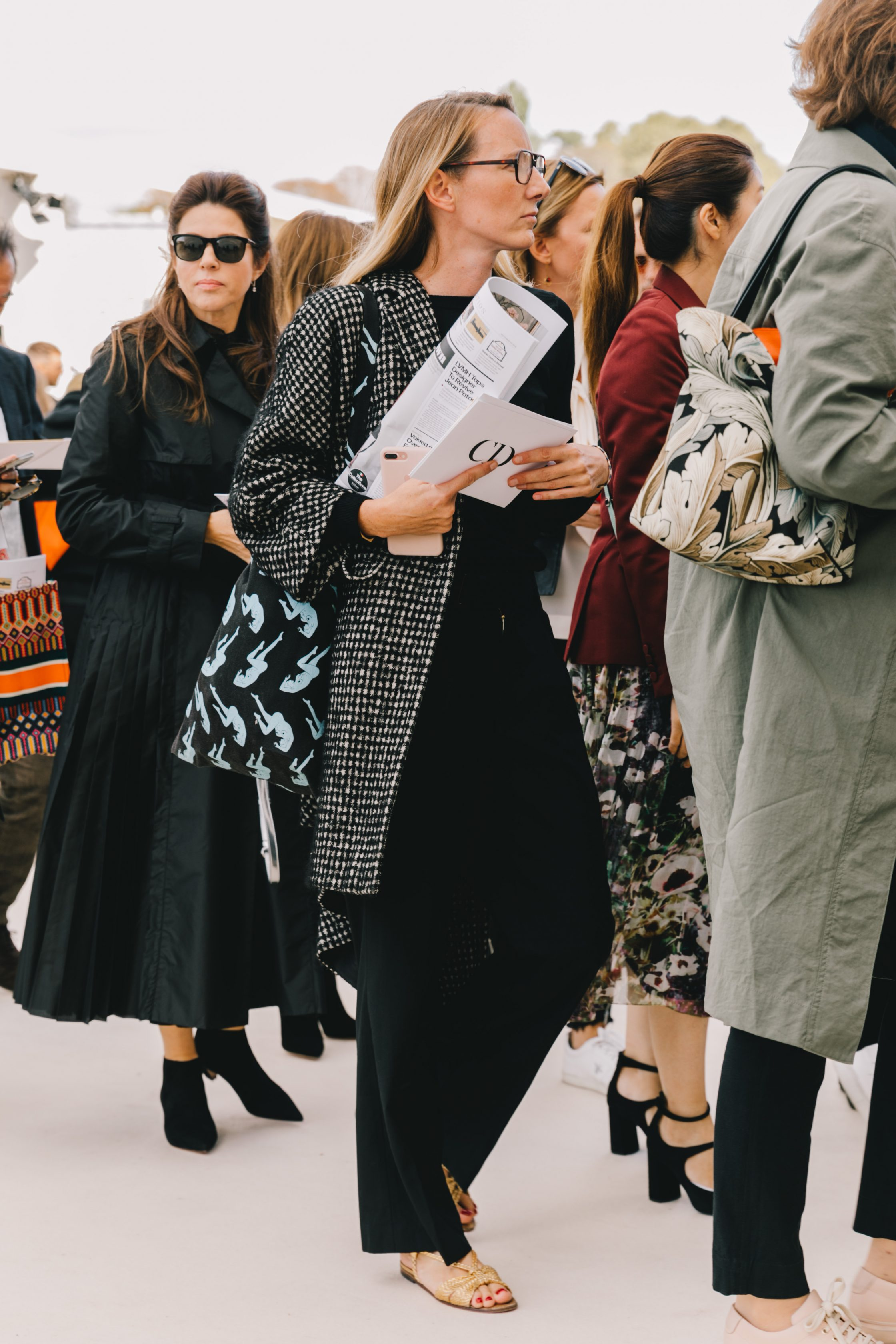 Paris Fashion Week September 2018 Street Style by Collage Vintage