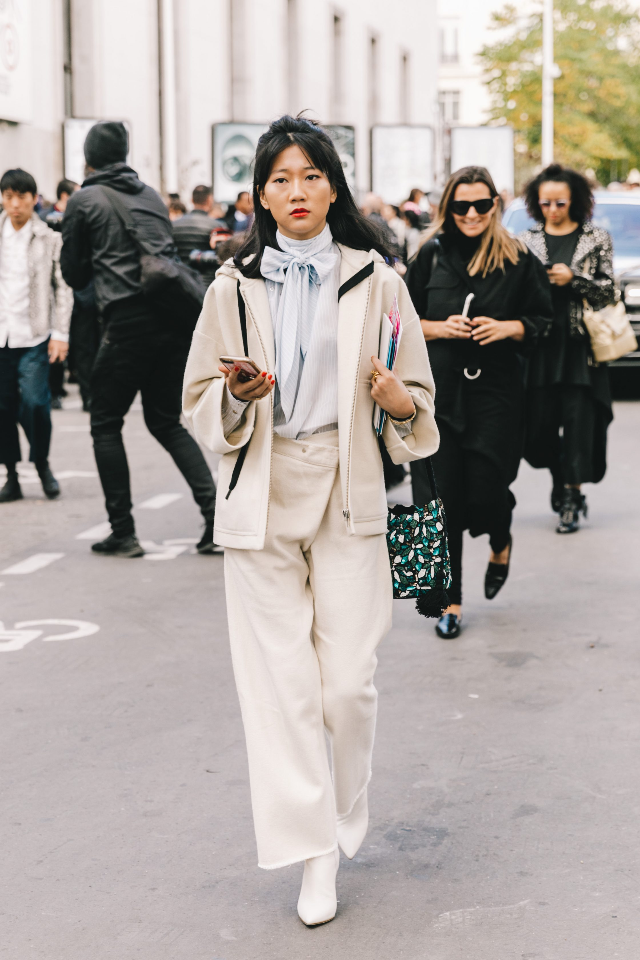 Street Style at Paris Fashion Week 19 by Collage Vintage